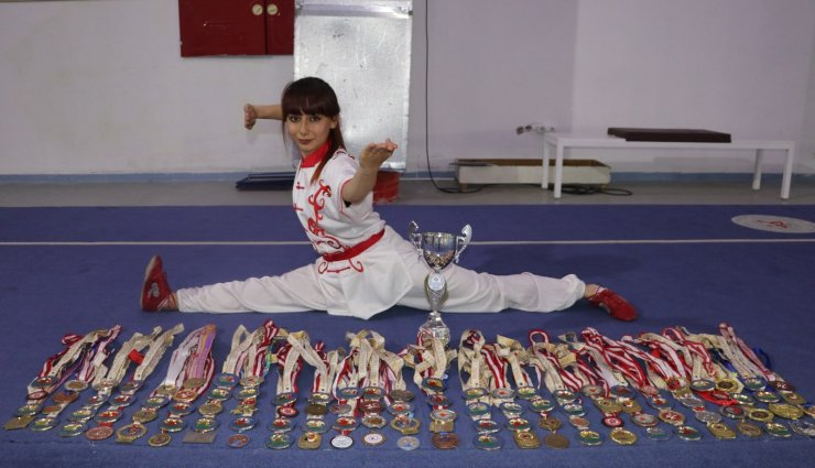 11 yıla 150 madalya sığdırdı!