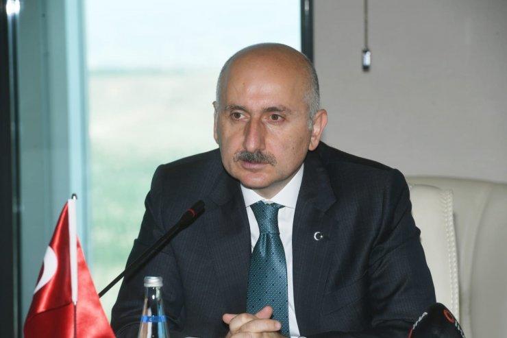 Bakan Karaismailoğlu, Sırp mevkidaşı Momirovic ile bir araya geldi