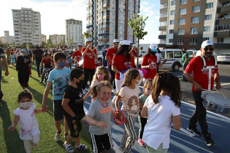 Melikgazi'den yaz akşamlarına yönelik parklarda açık hava konseri