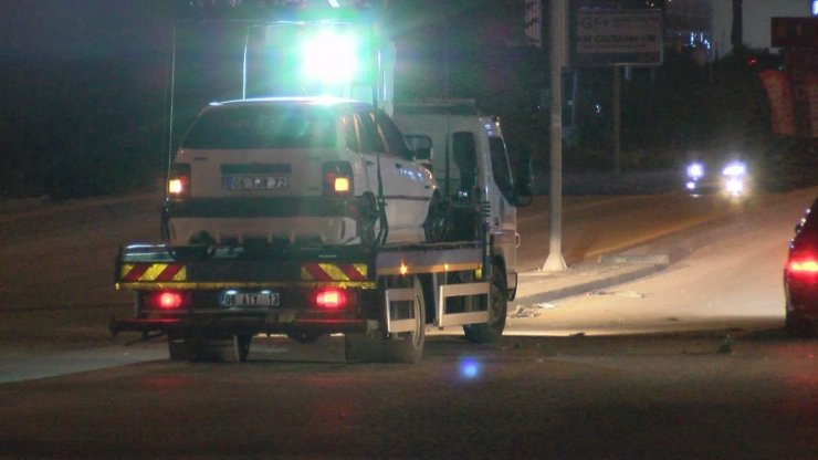 Alkollü sürücü yolun karşısına geçmeye çalışan engelli şahsa çarptı