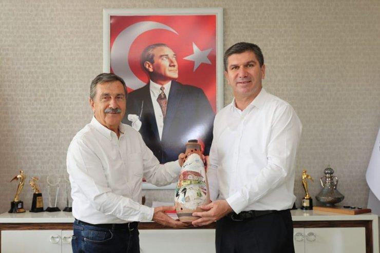 Başkan Ataç'tan Burdur Belediyesi'ne ziyaret
