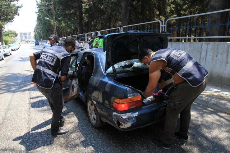 47 bin 167 personelin katılımıyla 'Huzurlu Sokaklar ve Narkotik Suçları Önleme Uygulaması' yapıldı
