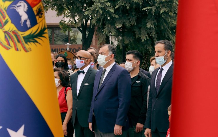 Çankaya'daki Simon Bolivar Parkı yenilendi