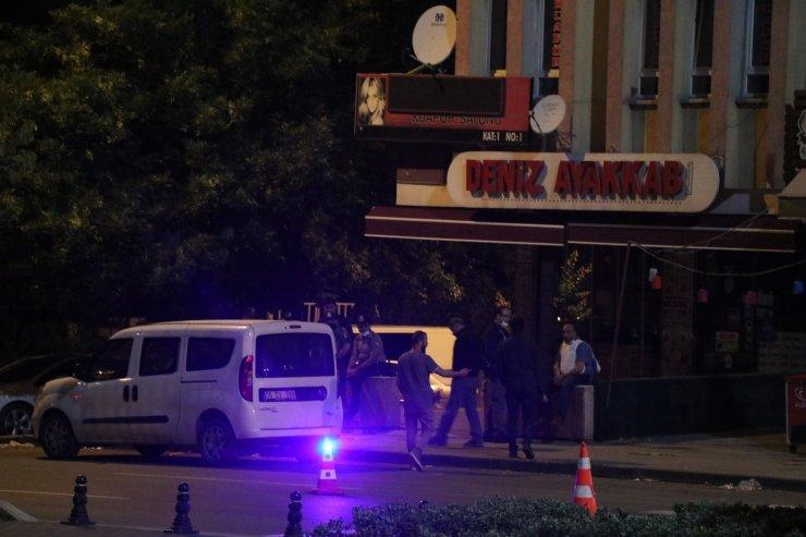 Başkent'te 'dur' ihtarına uymayan kişi polis kontrol noktasına silahla ateş açtı