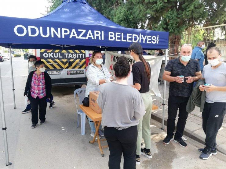 Odunpazarı Belediyesi YKS'ye giren üniversite adaylarının yanında oldu