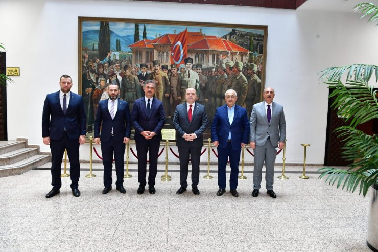 Anavatan Partisi Genel Başkanı Çelebi'den Mamak Belediye Başkanı Köse'ye ziyaret