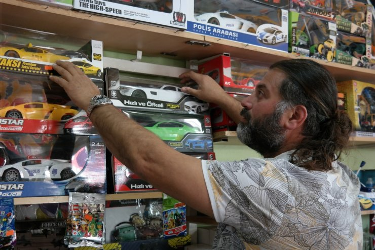 Çocukların tablet sevdası oyuncak satışlarını arttırdı