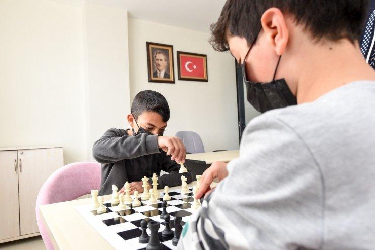 Altındağ'da gençlik merkezi kurs kayıtları başladı