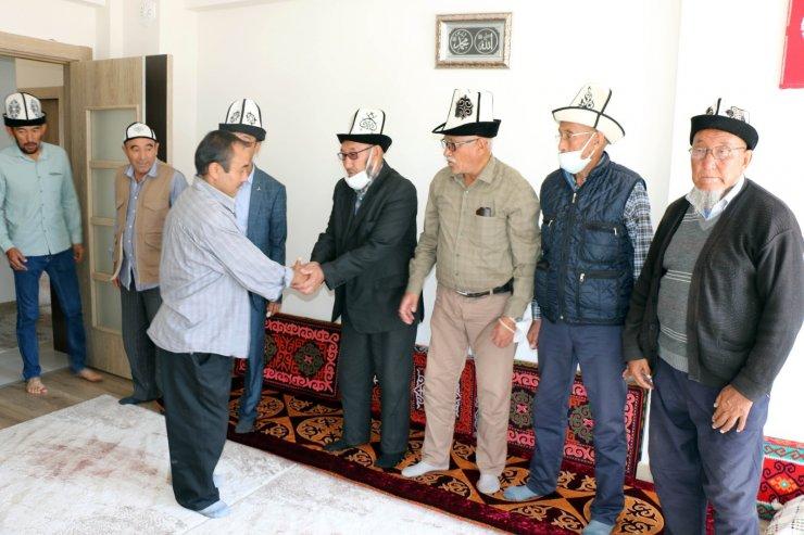39 yıl önce Afganistan'dan göç eden Kırgızlar, Türkiye'de olmanın mutluluğunu yaşıyor