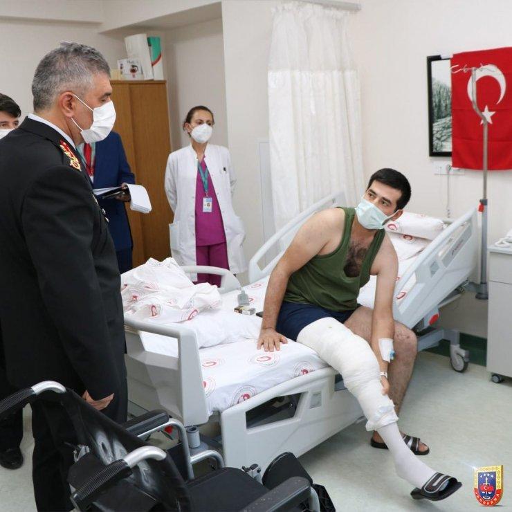 Orgeneral Ali Çardakcı'dan gazilere ziyaret