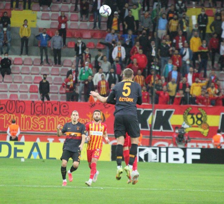 Süper Lig: Kayserispor: 2 - Galatasaray: 0 (ilk Yarı)