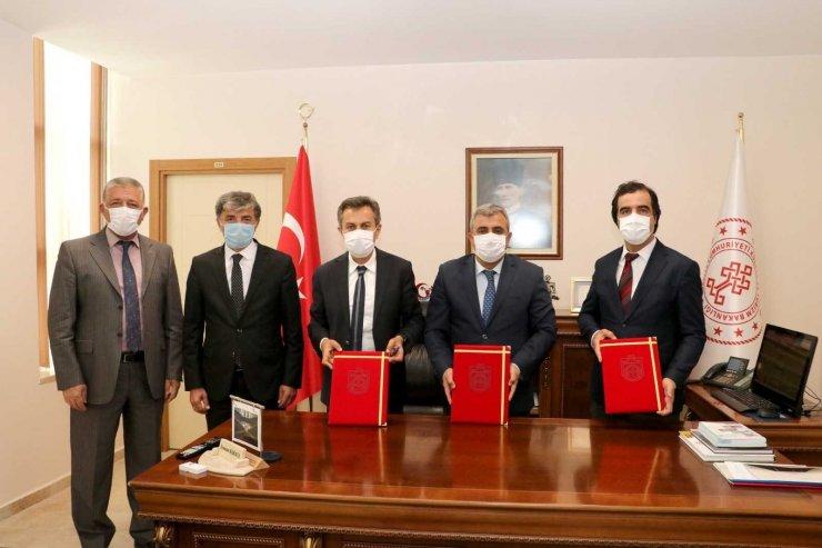 Sivas'ta geleneksel Türk okçuluğu ekipmanları üretilecek