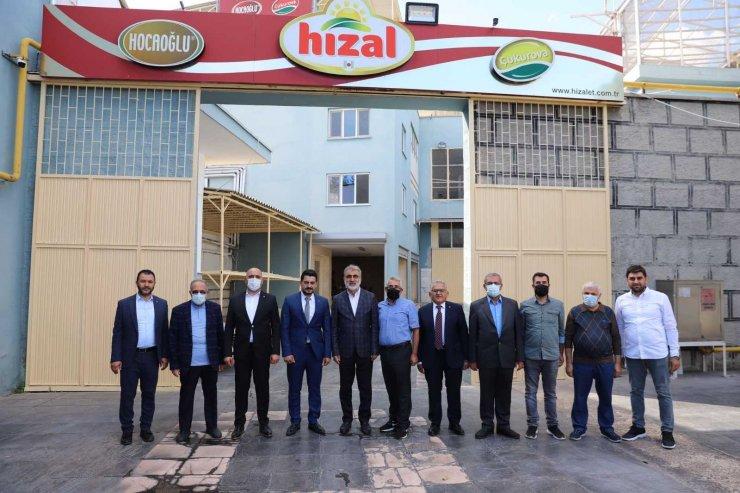 Başkan Büyükkılıç pastırma ve sucuğun merkezi Karpuzatan'da esnafla buluştu