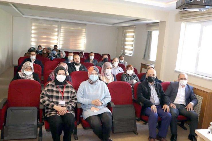 """Müftülük personeline """"Kadına Yönelik Şiddeti Önleme"""" semineri verildi"""